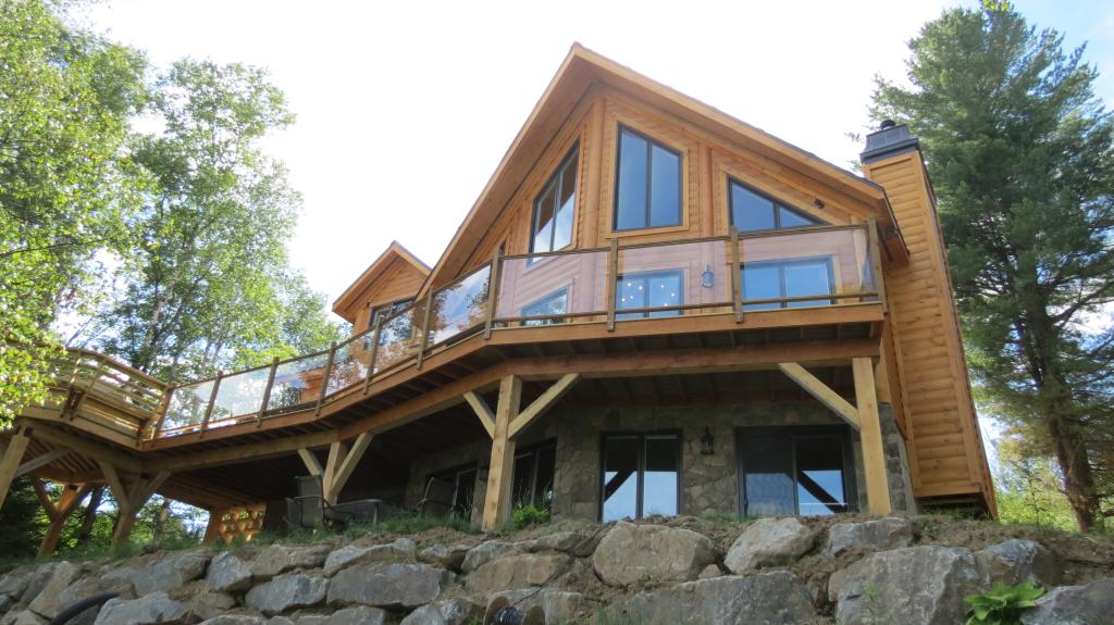 002- Location de chalet au Lac Supérieur à Tremblant